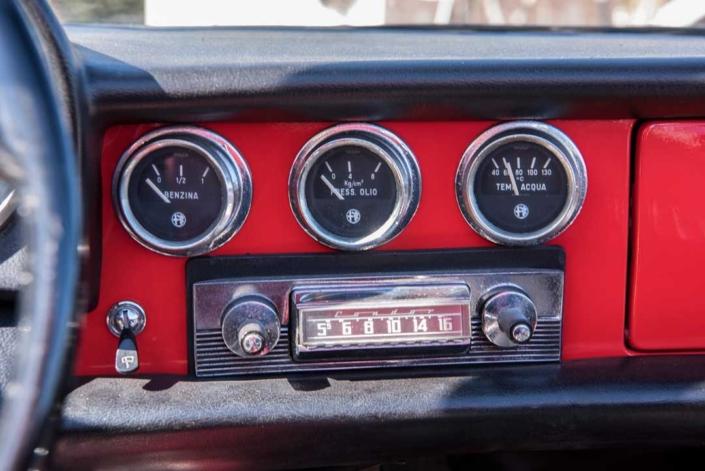 "Alfa Romeo Spider 1300 Junior ""Osso di Seppia""-1968"